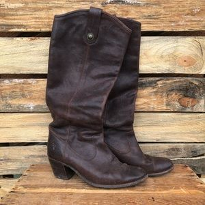 FRYE Jackie Button boot.